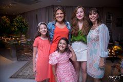 Giulia, Gisela, Giovanna Vieira, Larissa Fujita e Melânia Torres