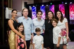 Nicole Pinheiro, Liz Bayde, Fábio Rocha, Antônio Bayde, Netinho Bayde, Sandra Pinheiro, Joaquim Cavalcante e Natasha Pinheiro