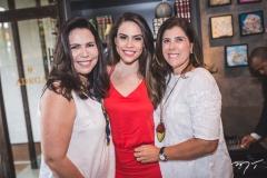 Andréa e Rebeca Rios e Nara Amaral