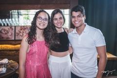 Mariana Moreira, Julia Wanderley e Maurício Moreira de Sousa