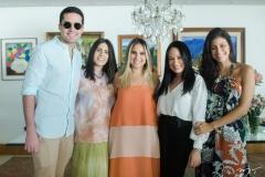 Victor Oliveira, Natália Nogueira, Roberta Fernandes, Daniela de Paula e Paloma Fiuza