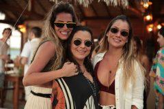 Larissa Proença, Lia Brasil e Lara Araripe