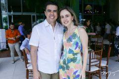 Nisabro e Carol Fujita