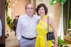 Neto e Júlia Galdino