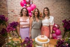 Stefania Coelho, Karmilse Marinho e Camila Coelho