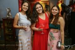 Larissa Amorim, Ana Beatriz Castro e Lara Castelo Branco