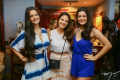 Luna Picanço, Larissa Amorim e Lena Picanço