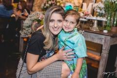Rebeca e Atina Bastos Leal