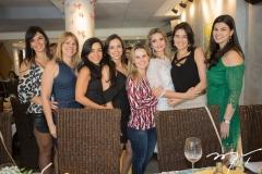 Márcia Carvalho, Taissa Sanchez, Roberta Morais, Letrice Gomes, Alice Fortes, Michelle Aragão, Mariana Canamary e Rochele Maia