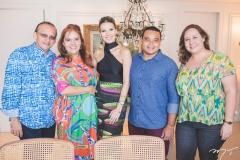 Emanuel Ponte, Cláudia Alexandre, Nathália Ponte, Ramon Alexandre e Luana Paixão