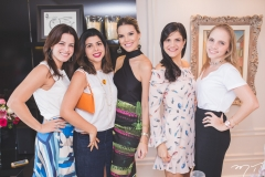 Raquel Petrone, Manuela Liebmann, Nathália Ponte, Michelle Skinner e Nathália Gripp