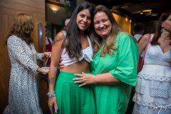 Lara Travessoni e Safira Moreira