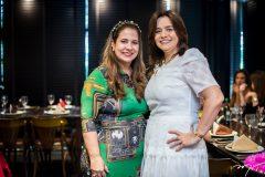 Martinha Assunção e Lia Freire
