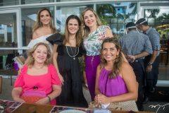Michelle Aragão, Niedja Bezerra, Suyane Dias Branco, Tânia Texeira e Márcia Travessoni