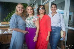 Sandra Fujita, Suyane Dias Branco, Cláudia Gradvohl e Elisa Oliveira