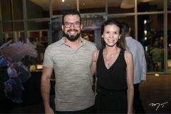 Caetano Queiroz e Natalia Carvalho