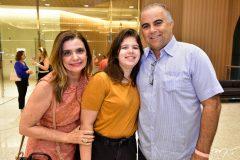 Denise e Melina Arruda e Valdisio Pinheiro