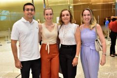 Diego e Clarisse Bandeira, Inês Almeida e Erika Figueiredo