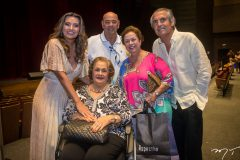 Márcia e Fernando Travessoni, Beatriz e Júlia Philomeno e Alfredo Gurjão
