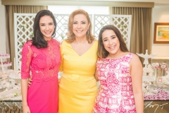 Talita Bezerra, Andréa Delfino e Larissa Delfino