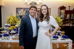 Geraldo Laprovitera e Lara Carneiro