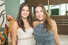 Eduarda e Larissa Delfino