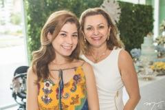 Lívia Araújo e Verônica Perdigão
