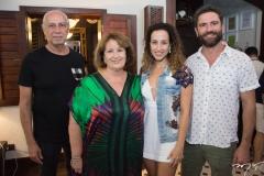 Marcos, Anete, Sasha e Raul de Castro