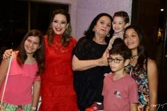 Debora e Silvinha Leal, Cláudia, Sylvinho Leal, Décio Neto e Sofia Leal