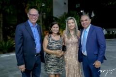 Carlos Alberto e Sandra Wanderley, Viviane e Elano Guilherme