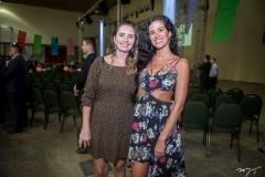 Ivy Ariane E Sarah Poch