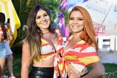 Carine Freitas e Amalia Ferreira