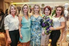 Katiane Valença, Germana Wanderley, Silvana Guimarães, Chris Leite e Socorro Medeiros
