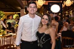Matheus Vetorine e Larissa Lira