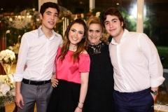 Luca, Lissa Dias Branco, Efigênia Pimentel e Luciano Dias Branco
