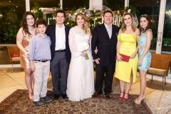 Marcela, João Cláudio, Cláudio, Morgana, Ivens Jr., Suyane e Natasha Dias Branco