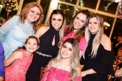 Nekita Romcy, Giulia Dias Branco, Mayar Romcy, Roberta Romcy, Lissa Dias Branco e Júlia Romcy