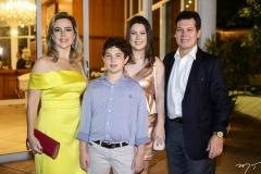 Suyane, João Cláudio, Marcela e Cláudio Dias Branco