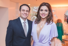 Filipe Gomes e Priscila Amaral