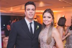 Paulo Wagner e Camila Guimarães