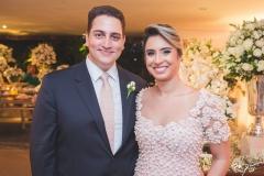 Thiago e Tatiana Barreira