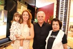 Júlia, Ticiana, Pio e Edyr Rolim