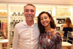 Mauro Costa e Gabriela Vieira