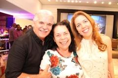Pio, Dora Andrade e Ticiana Rolim (1)