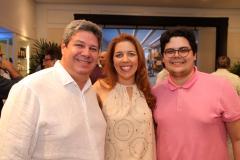 Ticiana Rolim com Bob Santos e Bob Filho