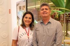 Viviane Avelino e Gustavo Carvalho