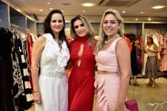 Adriana, Jacqueline Maia e Karol Queiroz