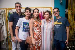 Leonardo, Davi, Ana Paula Aguiar, Cândida Lopes e Artur Aguiar