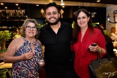 Dolores Dias, Wendel Silva e Márcia Moreira
