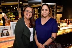 Iaskara Oliveira e Ana Gleadys